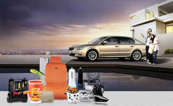 MINI čistička vzduchu do auta se zabudovaným ionizátorem a ozonizátorem - stříbrná