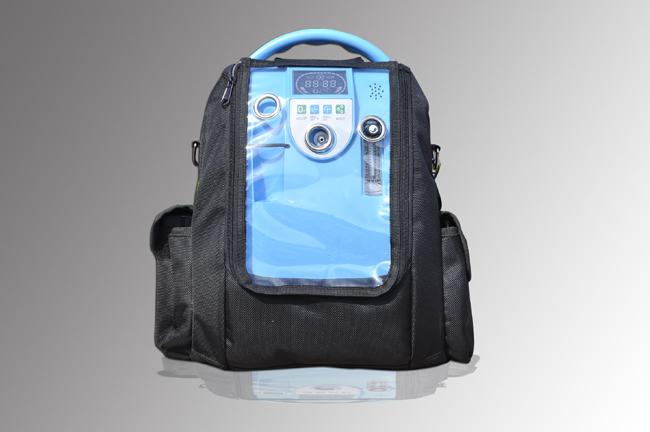 Přenosný kyslíkový koncentrátor s dvěma bateriemi a vozíkem LOVEGO LG101 - 5L, 90%